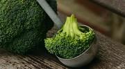 ilustrační obrázek k článku Brokolicová polévka s krutony a kozím sýrem