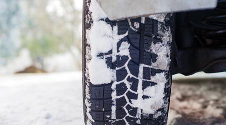 ilustrační obrázek k článku AUDIO: Musíme jezdit na zimních?